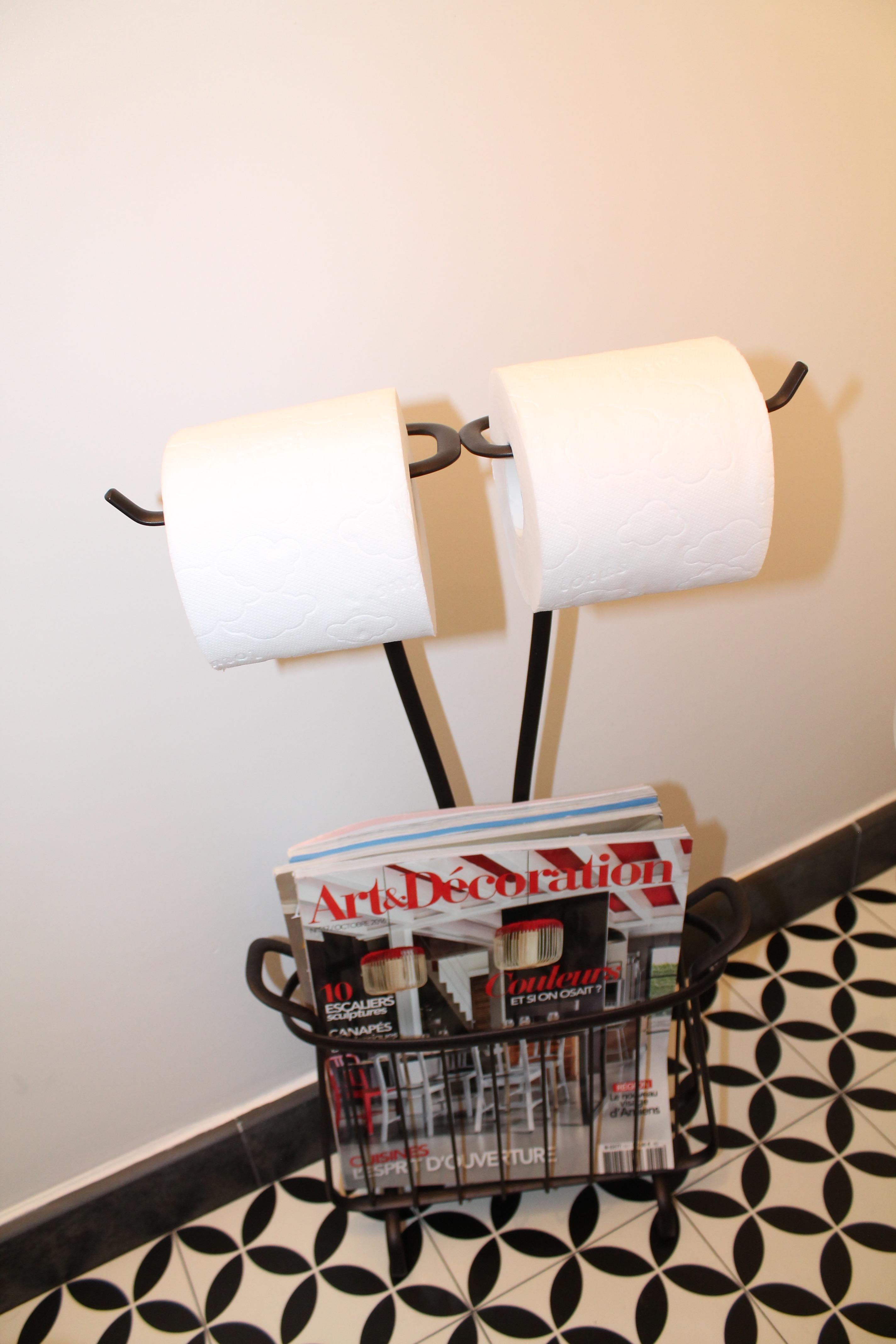 support-rouleaux-papier-toilette-noir