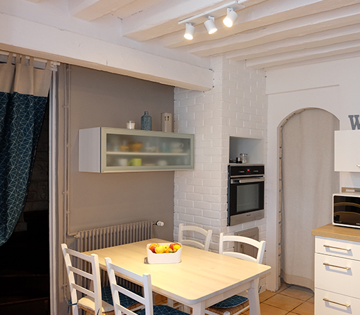 cuisine-mur-peinture-taupe