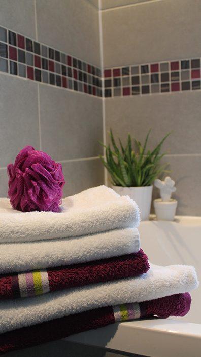 serviettes-de-toilette-salle-de-bain
