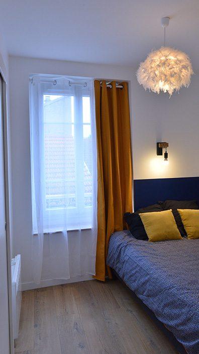 decoration-chambre-peinture-bleu-marine-arpajon