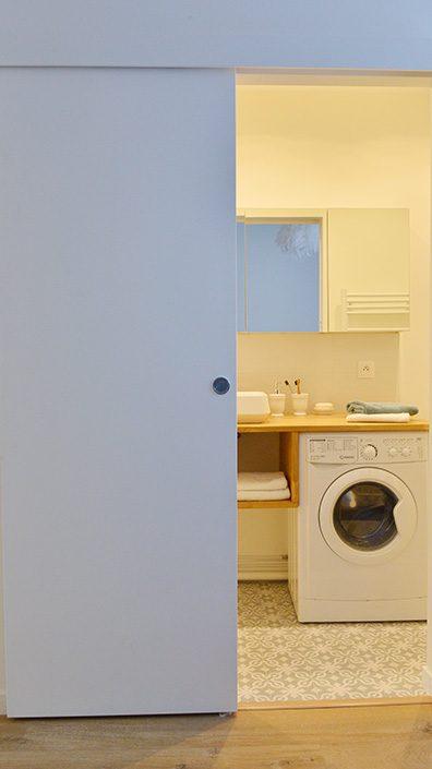 porte-coulissante-salle-de-bain-gain-de-place