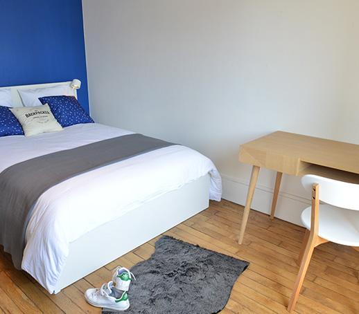 chambre-bleue-deco-appartement-etudiant