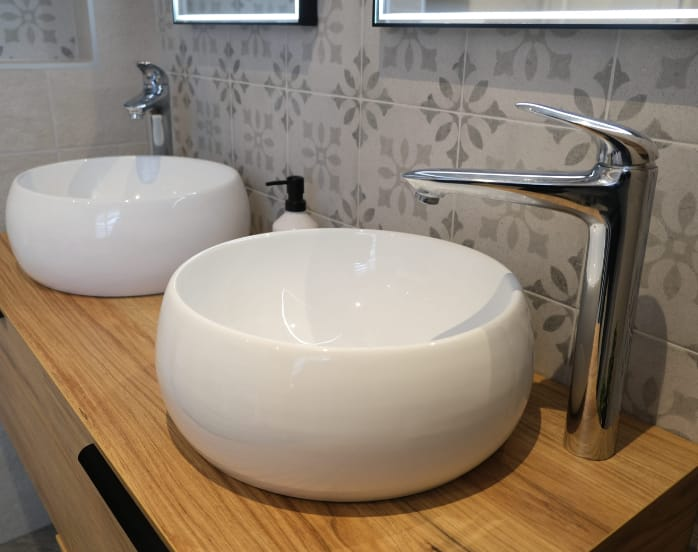 double-vasque-bois-salle-de-bain