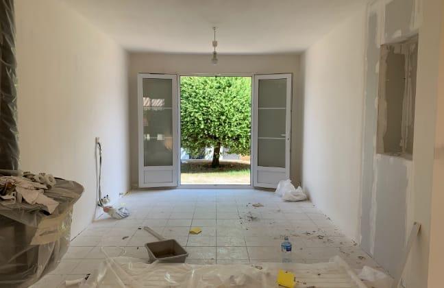 travaux-renovation-salon-maison